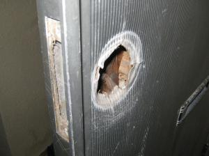 古いドア 外側