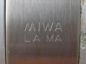 ミワ LAMA刻印