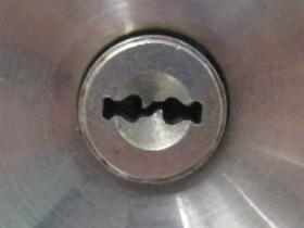 UR H759 鍵穴