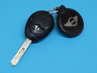 BMW MINI ミニ キーレス ボタン破れ ケース交換