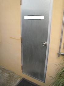 取付前ドア
