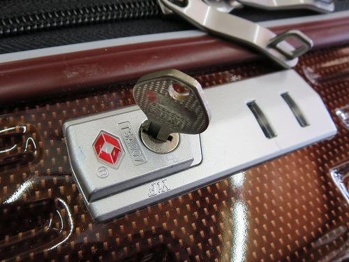 スーツケース TSA007 鍵完成