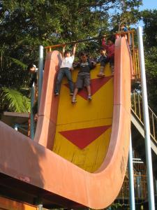 垂直滑り台1