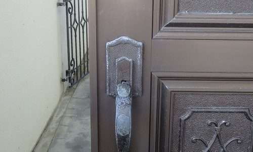 玄関ドアのカギ 故障しているので交換 KODAI 沖縄市