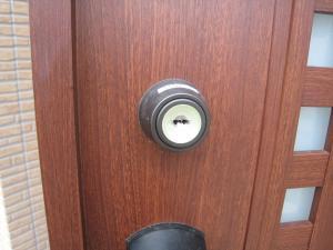 YKKap 玄関ドア シリンダー交換(与那原町)