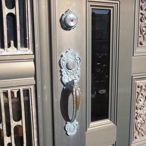 玄関のカギ BESTを取替 鍵穴2個 宜野湾市