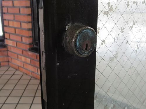 ゴール 本締錠 室外側