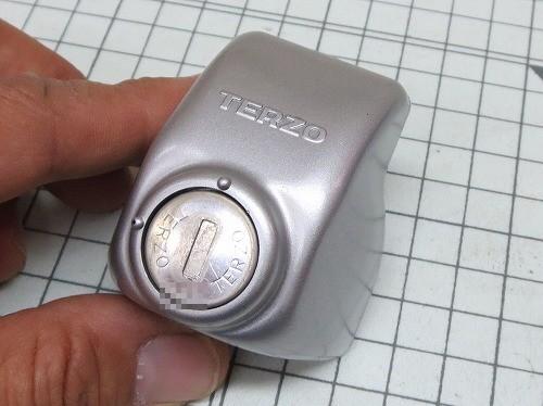取り外したTERZOの鍵穴