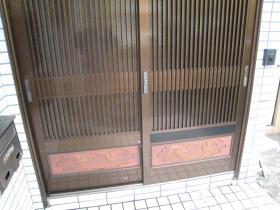 玄関引違戸