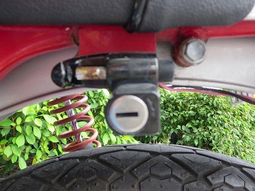 ホンダ ドリーム50 ヘルメットホルダー