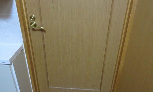 室内ドアにもう一つカギ取付 沖縄市