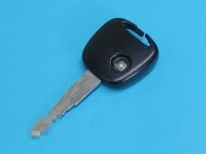 スズキ ワゴンR リモコンキー キーレス 割れた 修理 ゴムボタン 交換