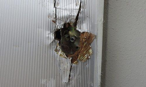 お客様が自分でノブを壊して開けたドアを修復してドア取付 中城村