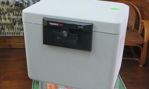 SentrySafe 1170 小型金庫 耐火保管庫 鍵なくした 紛失鍵作製