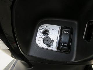 ホンダ PCX バイク 鍵穴に鍵がささらない 異物除去(沖縄市)