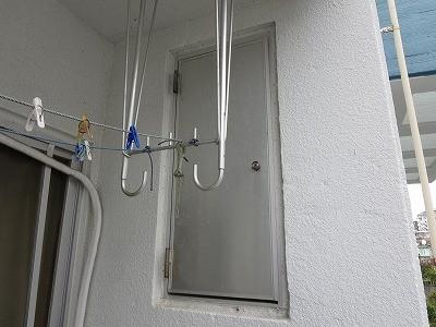 アパートのパイプスペースのドアシリンダー交換 西原町
