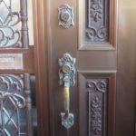 玄関ドア カギ・錠前一式交換 WEST 5500 本締錠 サムラッチ錠 宜野湾市